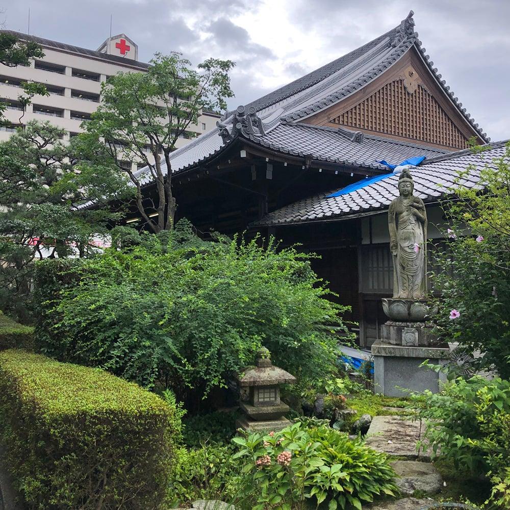 寺院 お庭 お手入れ